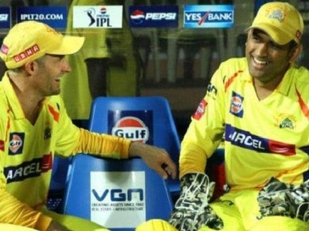 MS Dhoni with Mike Hussey