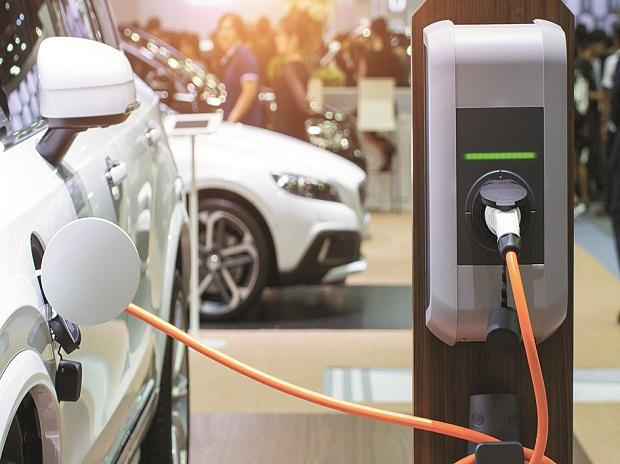 Ev Makers Welcome Gst Rate Reduction Seek Similar Cut For Spare
