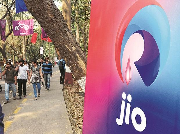 Reliance Jio overtakes Bharti Airtel to become Indias 2nd-largest operator - Business Standard
