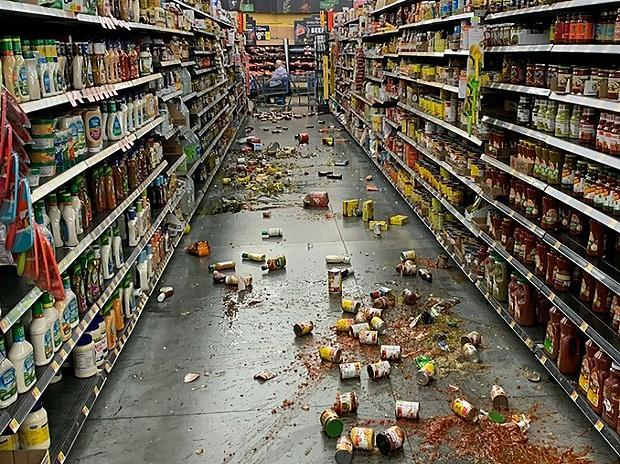 Yucca Valley: Food that fell from the shelves litters the floor of an aisle at a Walmart following an earthquake in Yucca Yalley, Calif., on Friday, July 5, 2019. AP/PTI