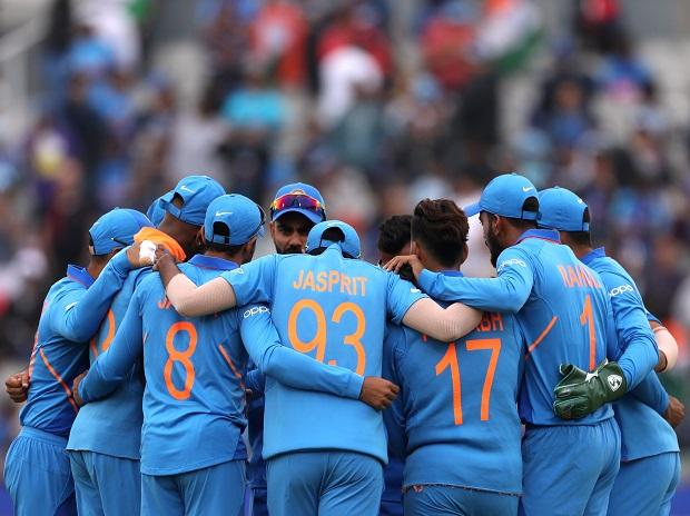 ICC CWC 2019 Ind vs NZ Live score: Rain stops play, inspection at 10:30 pm