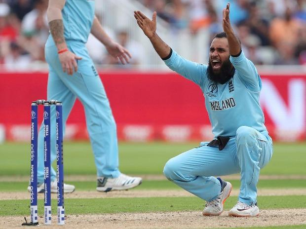 England's Adil Rashid appeals successfully for the wicket of Australia's Marcus Stoinis