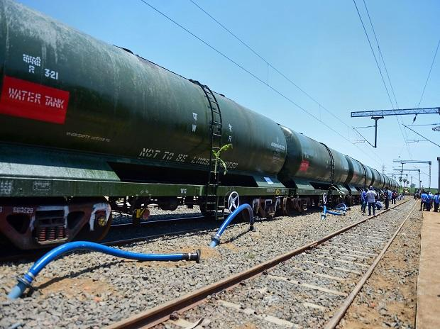 A train carrying 2.5 million litres of water arrived in Chennai