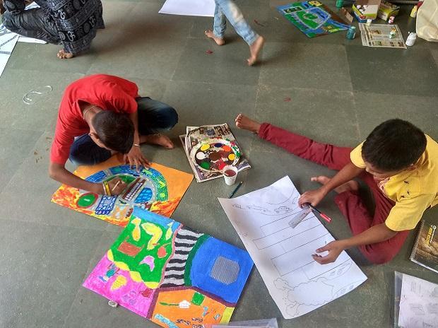 Children at art workshop | Photo: Artreach