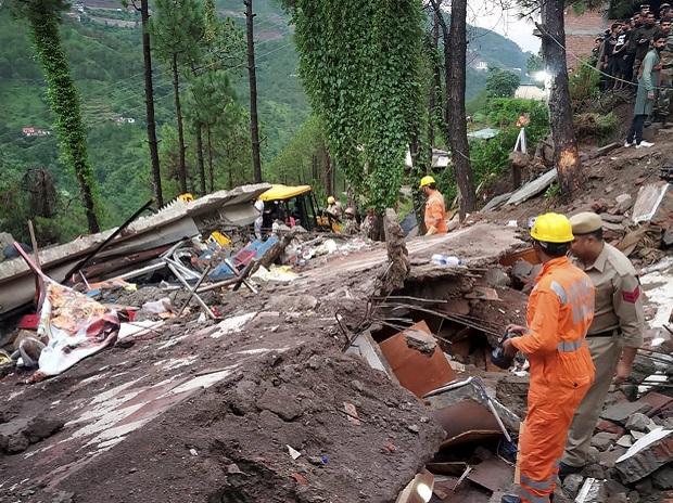Solan building collapse