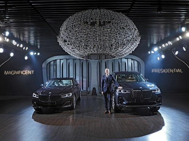 BMW launches flagship sports X7 model in India