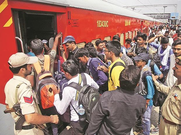 Visitors thronged railway stations across Kashmir, to leave the state. Photo: PTI