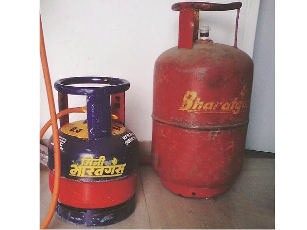 Takers for 5-kg cooking gas cylinders rise as Ujjwala gains steam