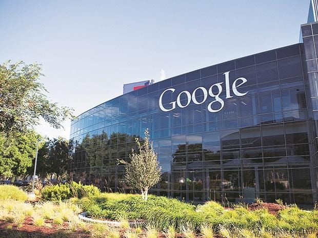 Google tells employees to avoid arguing politics in house