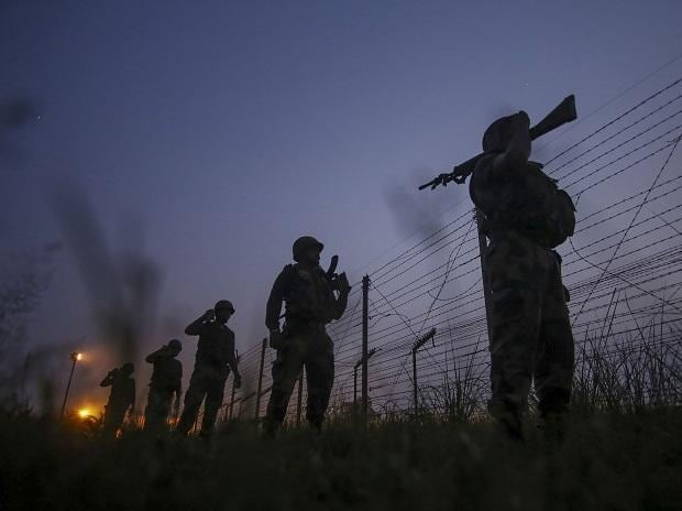 Security personnel at India-Pak border