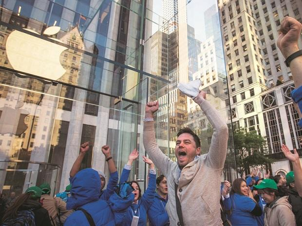 Same euphoria: While there's no word yet on how many stores Apple could set up in India, there's much excitement around its possible entry | REUTERS