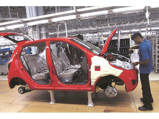 Maruti To Stop Production At Gurugram Manesar Plants For Two Days Business Standard News