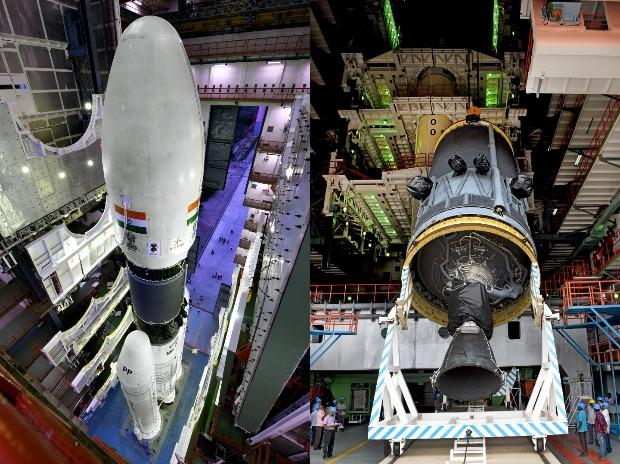 GSLV MkIII-M1 at the Vehicle Assembly Building