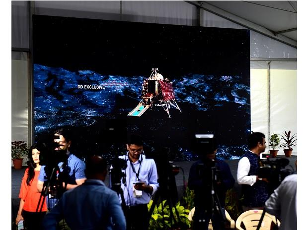 A video played on a giant screen showing the Chandrayaan 2 tracking in a media enclosure at ISRO Telemetry Tracking and Command Network (ISTRAC) prior to the soft landing of Vikram module of Chandrayaan 2 on lunar surface,in Bengaluru | Photo: PTI