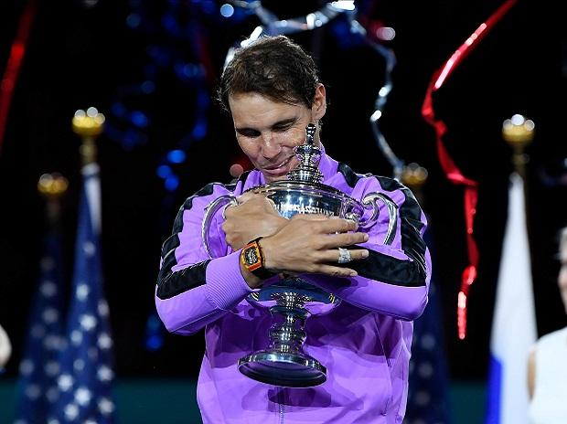 Rafael Nadal poses with US Open 2019 Trophy. Photo: Reuters