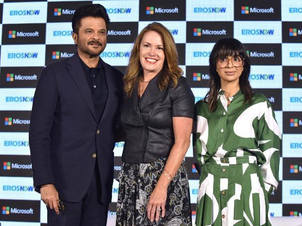 Bollywood Actor, Anil Kapoor, Peggy Johnson, Executive Vice President Business Development, Microsoft and Rishika Lulla Singh, CEO, Eros Digital at the Press Conference. Photo- Kamlesh Pednekar
