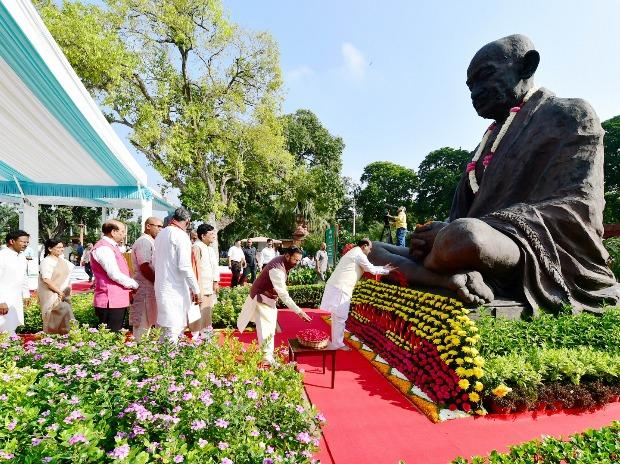 Lok Sabha Speaker Om Birla and other ministers pay tribute to Mahatma Gandhi at Parliament House