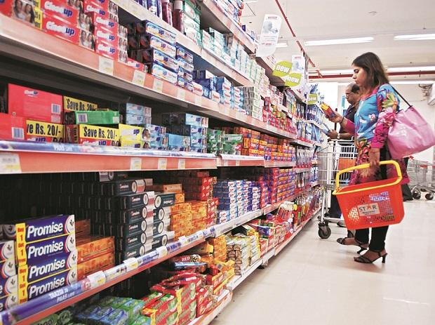Research agency Nielsen has already lowered its growth forecast for the FMCG market in the October-December period