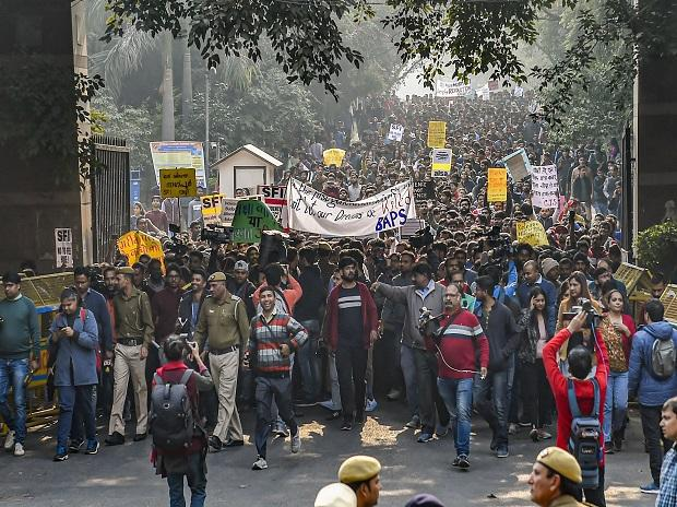 Need fool-proof system for non recurrence of such issue: HRD on JNU protest