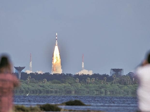 Estimate space sector's share in GDP before allowing pvt sector: Experts