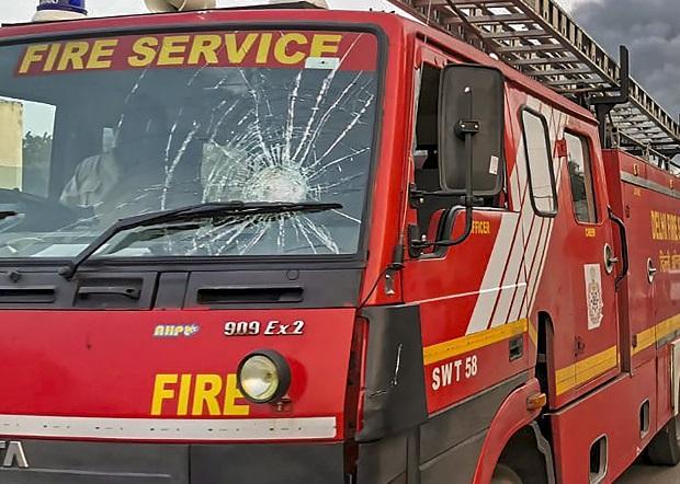 Fire tender vandalised in New Delhi over Citizenship Act protest