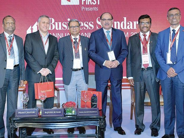 SBI Chairman Rajnish Kumar, Citi India CEO Pramit Jhaveri, Business Standard Consulting Editor Tamal Bandyopadhyay (moderator), IndusInd Bank MD and CEO Romesh Sobti, Union Bank of India MD and CEO Rajkiran Rai G, and Bandhan Bank MD and CEO Chandra