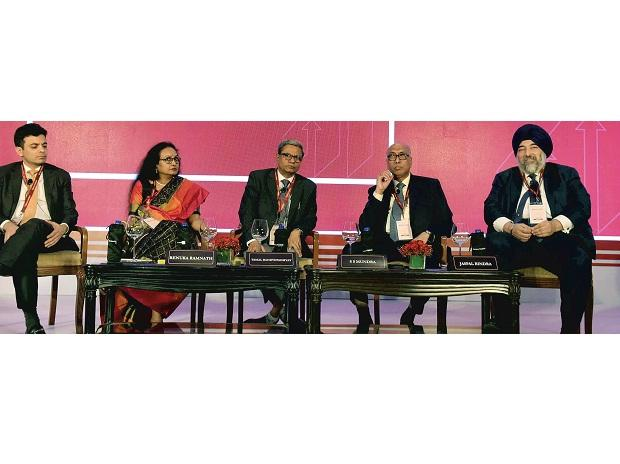 (From left) Indiabulls Housing Finance Vice-chairman and MD Gagan Banga, Multiples Alternate Asset Management Founder and CEO Renuka Ramnath, Business Standard Consulting Editor Tamal Bandyopadhyay, former Reserve Bank of India Deputy Governor S S Mu