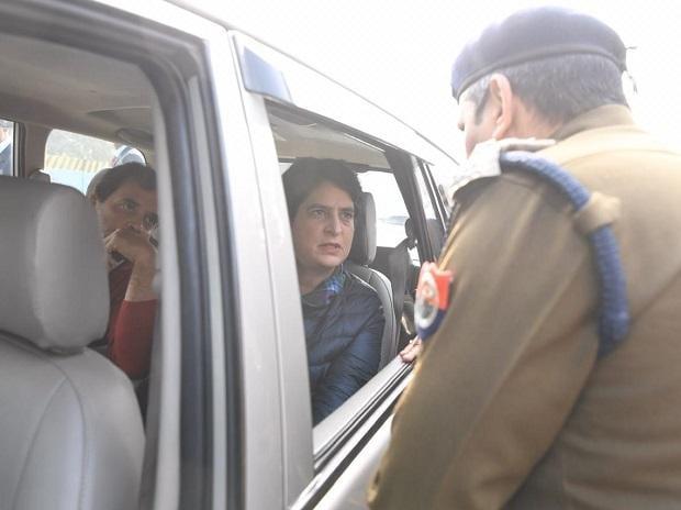 Priyanka Gandhi Vadra and Rahul Gandhi stopped at Meerut | Photo: Congress