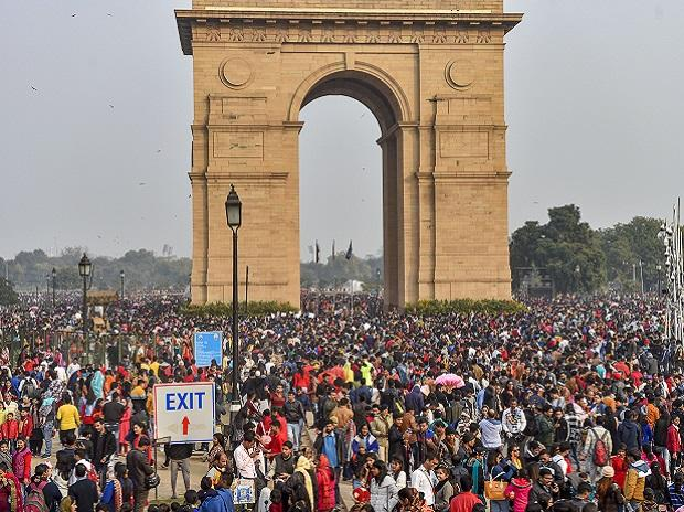 India gate, population, people, citizens, India, tourism