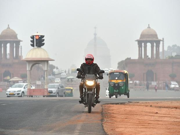 delhi pollution, air quality, smog, fog, winter, cold
