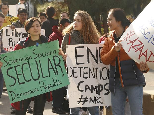 Stanford University students come out in solidarity with CAA-NRC protesters