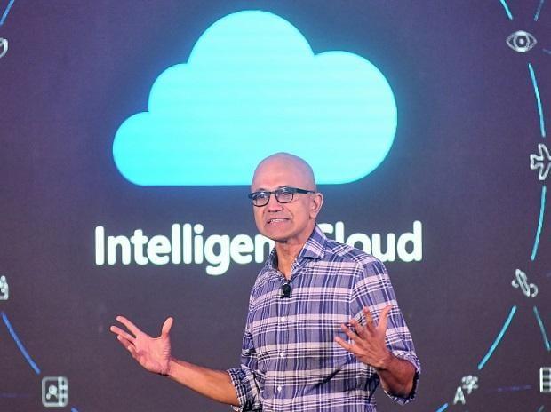 Microsoft CEO Satya Nadella addressing at Future decoded Bengalurur-Tech summit, in Bangalore. Photo: Saggere Radhakrishna