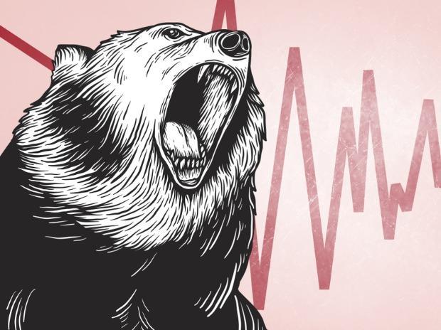 MARKET LIVE: Sensex tumbles 800 points; bank, IT, ...