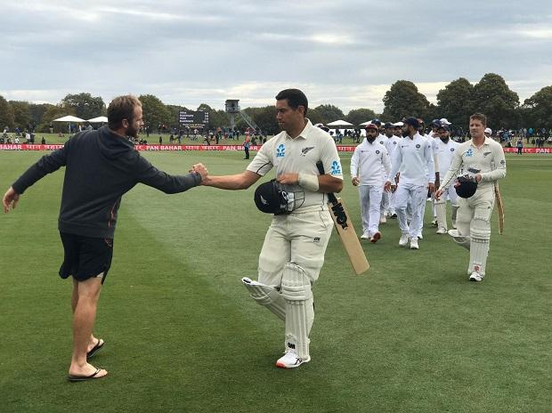 Kane Williamson shakes hands with Ross Taylor after New Zealand beat India in the 2nd Test of the series. Photo: @BLACKCAPS