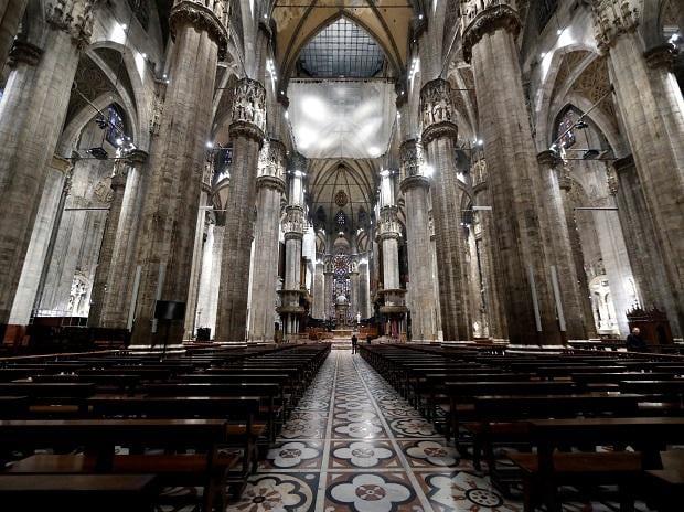 italy corona cathedral