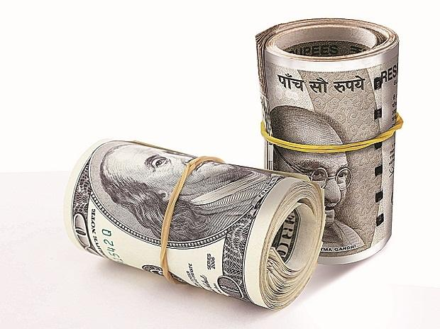 RBI intervenes to protect falling rupee
