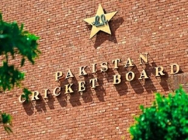 Pakistan cricket board releases detailed judgement on Umar Akmal's 3-yr ban