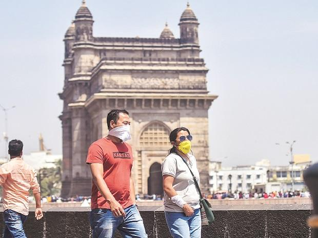 People wearing handkerchiefs near Gateway to India | File photo