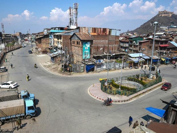 Deserted view of Khanyar neighbourhood during restrictions in Srinagar