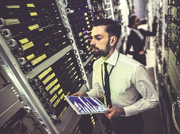 Information technology, IT, Tech, Data, cloud, ...