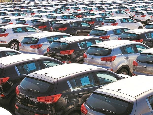 Covid-19 lockdown: Labour, stockpile make carmakers delay production