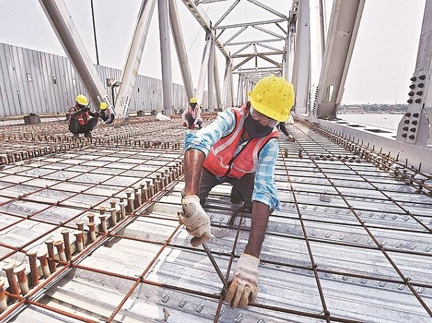 worker, labour, migrants, construction, building, india inc, manufacturing, production