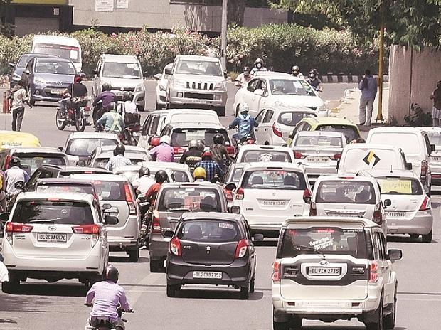 traffic, cars, coronavirus, automobile, traffic, roads, transport, vehicles, PE, passenger, people, pollution