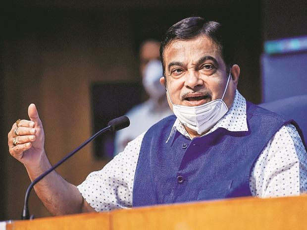 Gadkari asks industry to join hands with govt to rescue Covid-hit economy