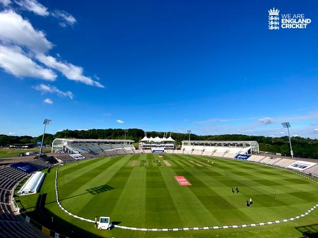 England vs West Indies 1st Test Day 3: Sun is out the Ageas Bowl, expect a full 98 Overs today. Photo: @Englandcricket