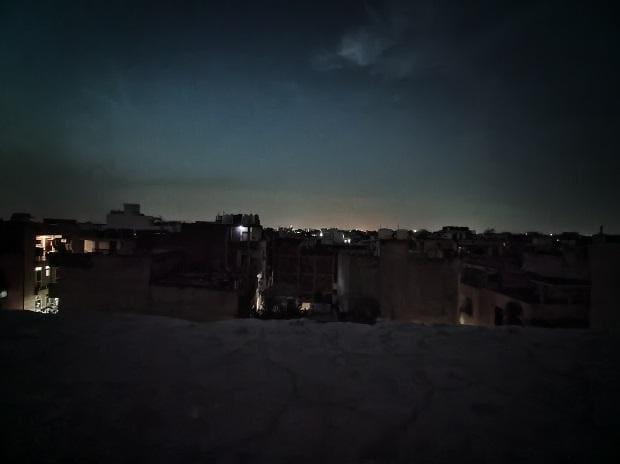 Realme X3 camera sample: Low-light