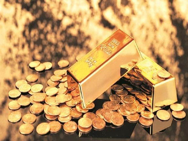 Gold price today at Rs 54,600 per 10 gm, silver slides to Rs 67,900 a kg