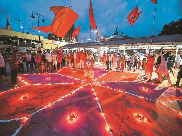 Devotees celebrate the start of the Ram temple construction in Ayodhya(Photo: PTI)