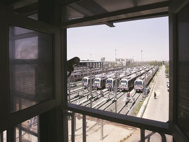 metro railway, metro railway services, metro operators