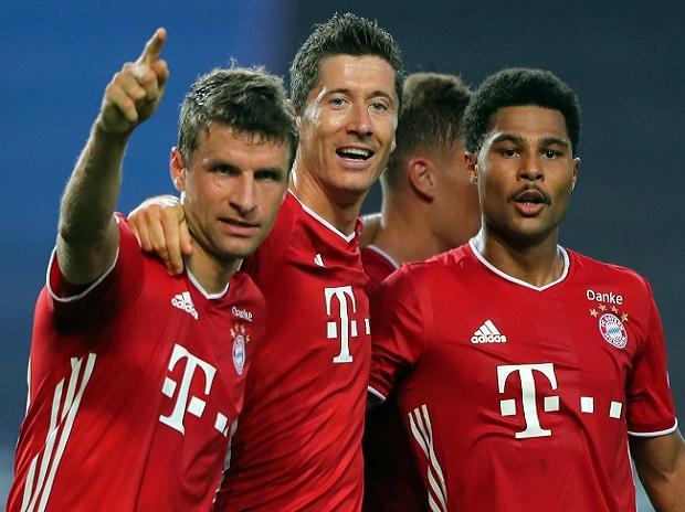 Bayern Munich profits from inconsistent rivals in Bundesliga